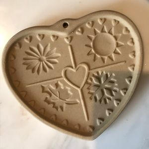 Pampered Chef Seasons of the Heart Cookie Mold
